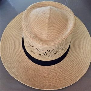 Accessories - STRAW HAT W/ BLACK RIBBON BAND